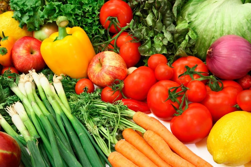 Motivate Me Monday Healthy Eating Tip:  Go Organic Without Going Broke 1