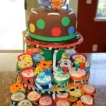 Jungle Themed Party- DIY Cupcake Wrappers & Cupcake Stand