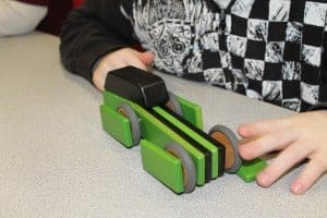 Tegu Mobility: Magnetic Wooden Cars 1
