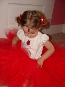 Adorable DIY No-Sew Tutu 10