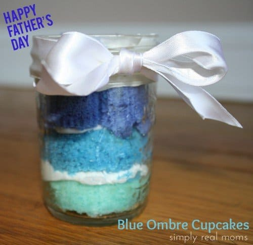 Blue Ombre Cupcakes: Father's Day Treat!
