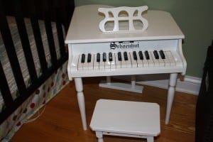 Schoenhut Pianos: The Ultimate Playroom Toy! 2