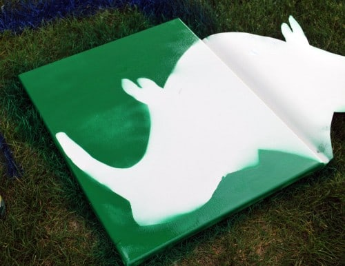rhino 500x386 DIY Childrens Nursery Art: Spray Painted Animals