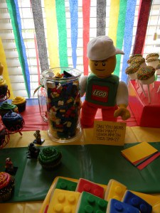 The Ultimate Lego Birthday Party 7