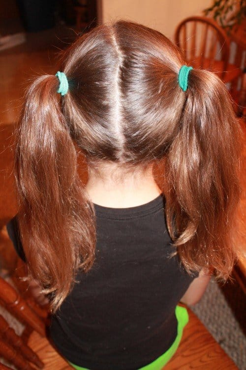 IMG 4325 500x750 5 Cute and Easy Back to School Hairstyles!