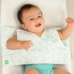 happychanger1 500x333 150x150 12 Days of Christmas Giveaway: DORIDORI Baby Swaddle Blanket and Changing Pad!