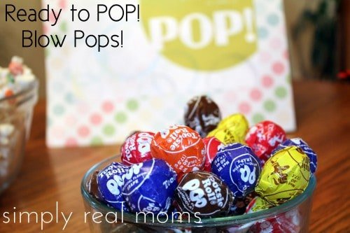 ready blow pops 500x333 Ready to POP! Baby Shower With FREE Printables!
