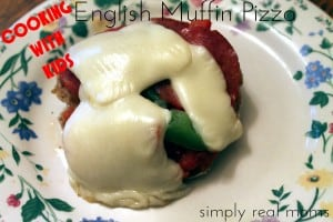 Cooking With Kids: English Muffin Pizza 6
