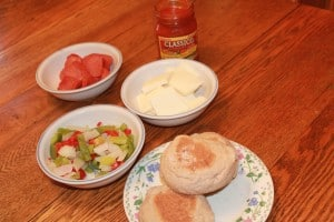 Cooking With Kids: English Muffin Pizza 2