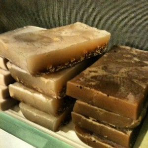 Heavenly Cleanliness Soaps and Scrubs: Natural Products For Sensitive Skin 5