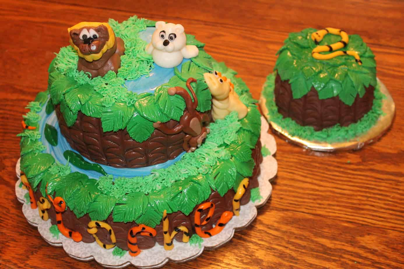 Outstanding Zoo Or Jungle Themed Birthday And Smash Cake Check Out The Other Funny Birthday Cards Online Amentibdeldamsfinfo