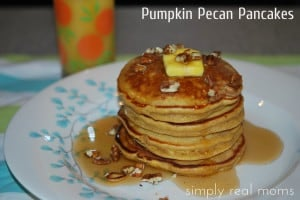 25 Days of Holiday Treats: Pumpkin Pecan Pancakes 1