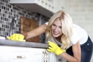 Defeat the Mess: Keeping Your House Company-Ready