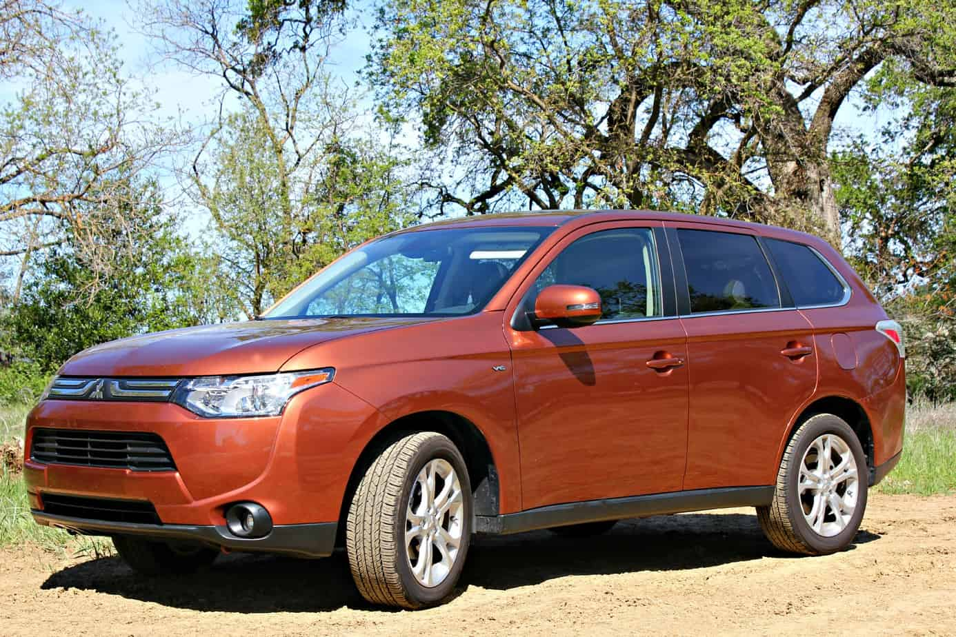 2014 Mitsubishi Outlander GT with Touring  1