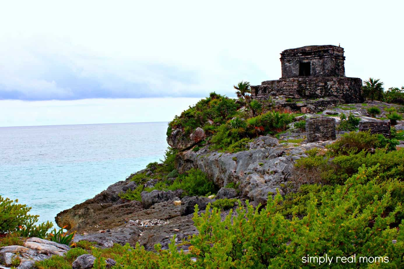 Experiencing The Ancient Mayan Ruins At Tulum 1