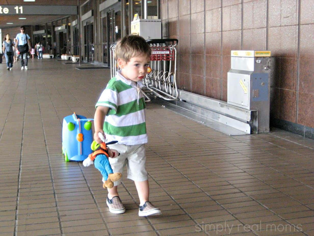 How to Survive Traveling with a Toddler 1