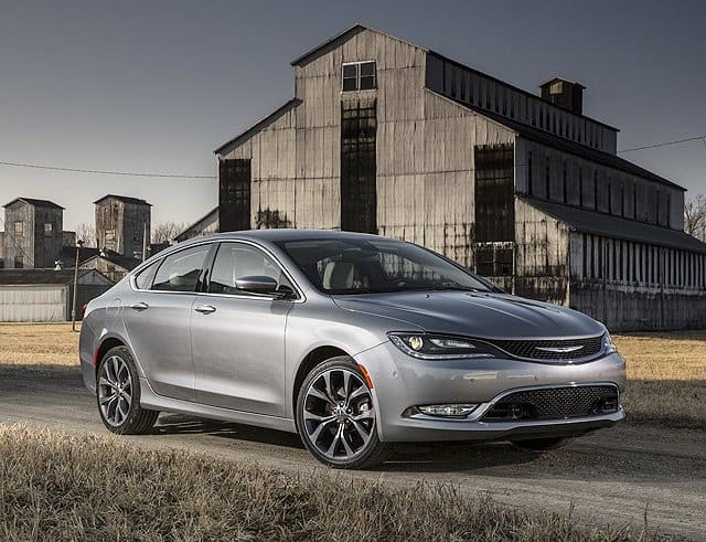2015 Chrysler 200- An Impressive Midsize Sedan
