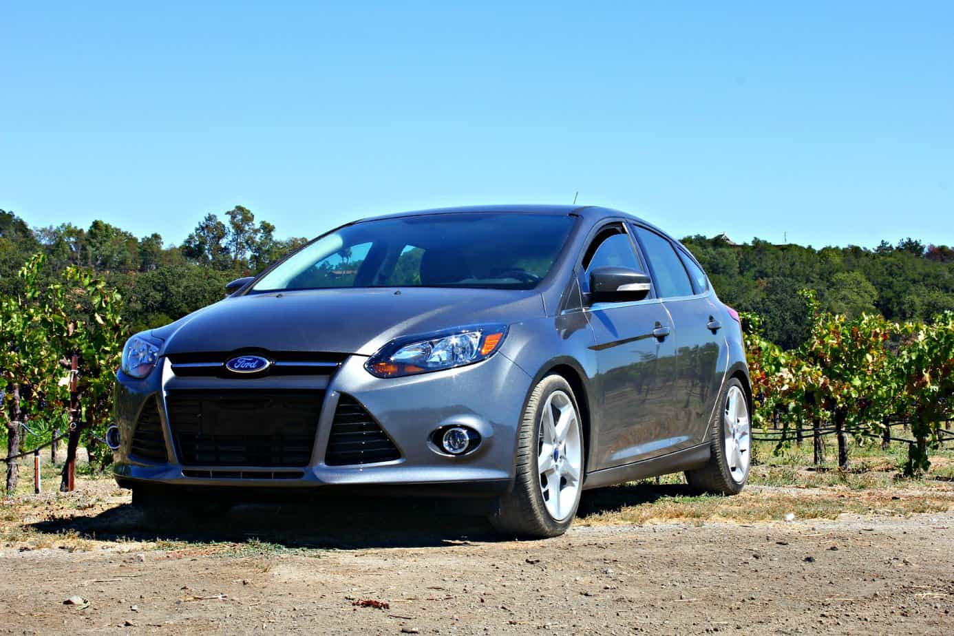 2014 Ford Focus 5-Door Hatchback Titanium: Spacious, Sporty and Affordable 1