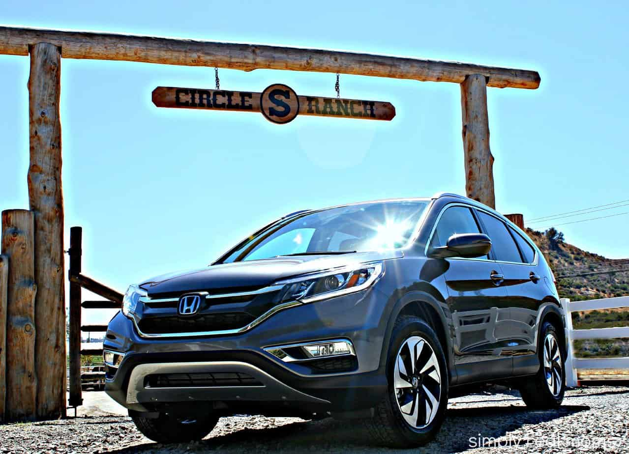 2015 Honda CR-V: Modern, Impressive, Family-Friendly 14