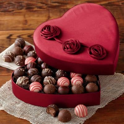 1540_28135-valentines-day-chocolate-truffles