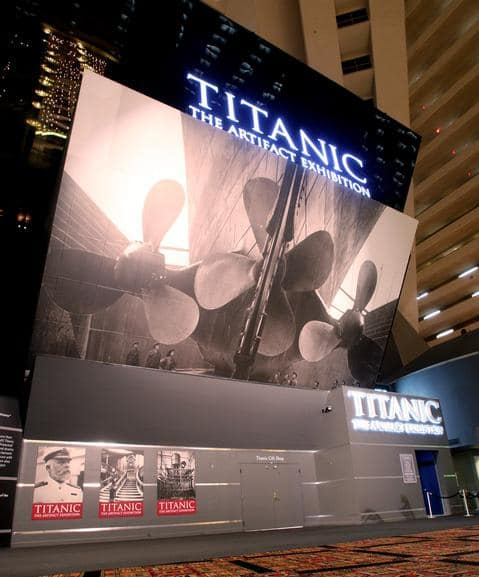 Luxor_Titanic_The_Artifact_Exhibit_Front_Entrance_low