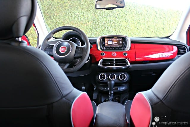 10 reasons to love the 2016 fiat 500x simply real moms. Black Bedroom Furniture Sets. Home Design Ideas