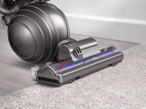 Dyson Vacuum transitions between floortypes flawlessly