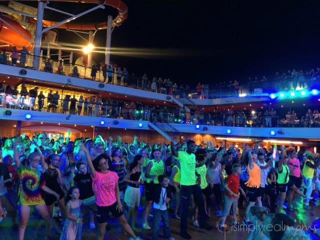 Entertainment on carnival cruise