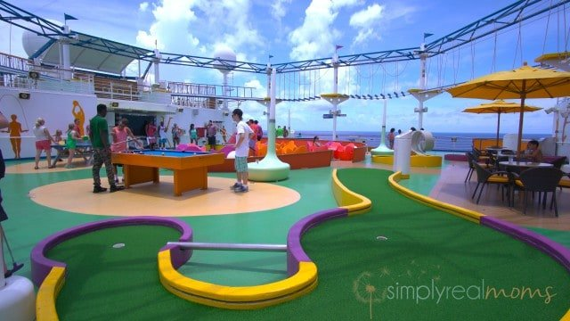 mini golf on carnival