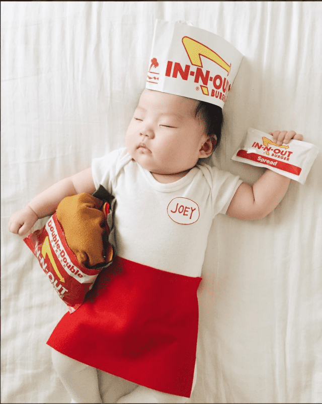 mom-dresses-up-her-baby-in-adorable-costumes-while-she-naps-in-n-out