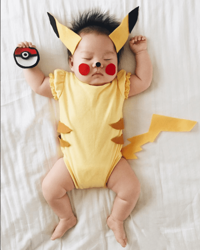 mom-dresses-up-her-baby-in-adorable-costumes-while-she-naps-pokemon