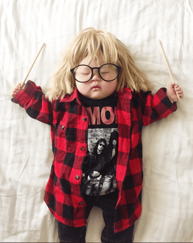 mom-dresses-up-her-baby-in-adorable-costumes-while-she-naps-waynes-world