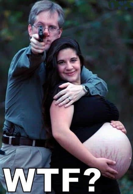 awkward-pregnancy-photos