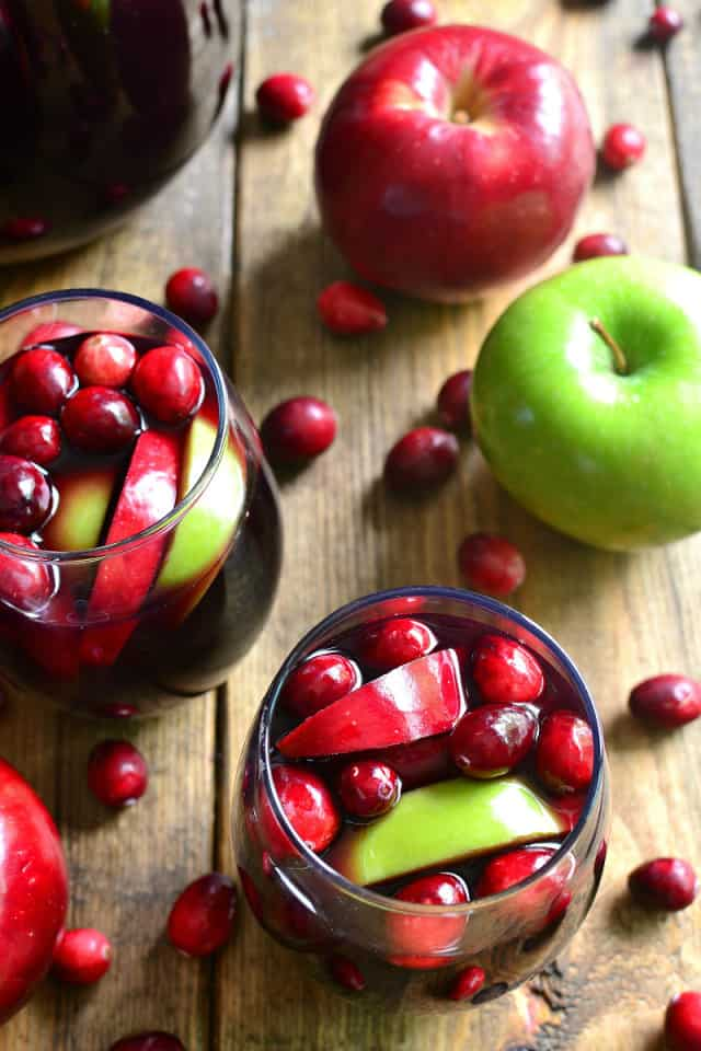 cranberry-apple-sangria-3-small-1