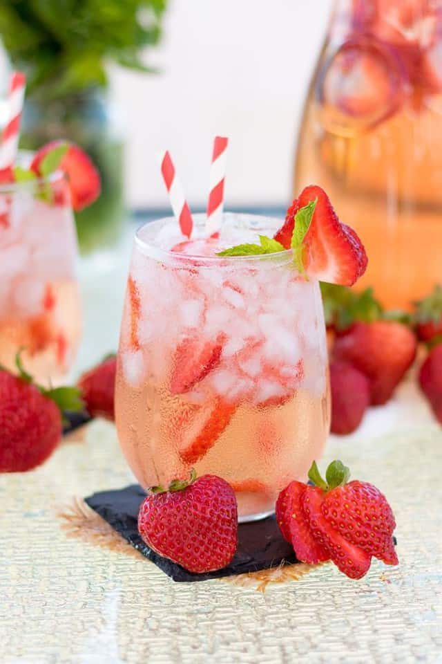 strawberry-rose-sangria-3