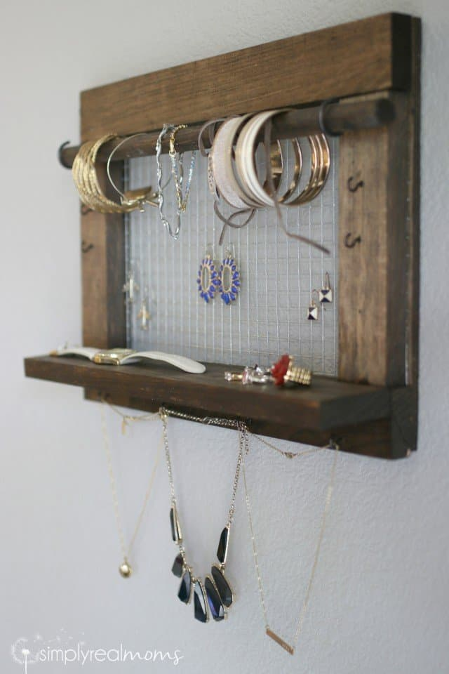 Gorgeous Farmhouse Jewelry Organizer