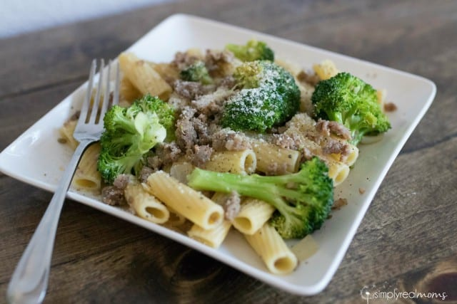 Delicious and Simple! Sausage and Broccoli Rigatoni