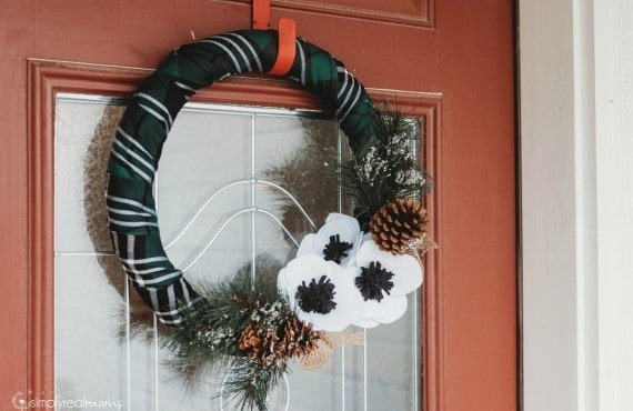 DIY Plaid Winter Wreath