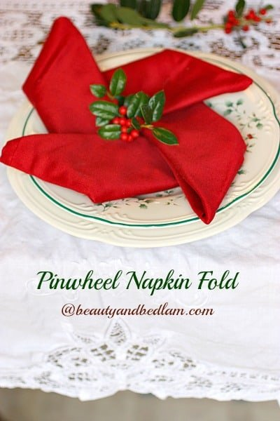 Red Pinwheel Folded Christmas Napkins