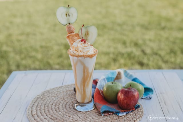Delicious Apple Pie Milkshake